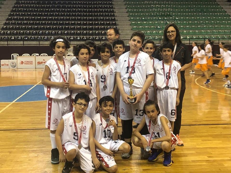 Denizli İli Küçük Erkekler Basketbol Liginde 2. Oldu.