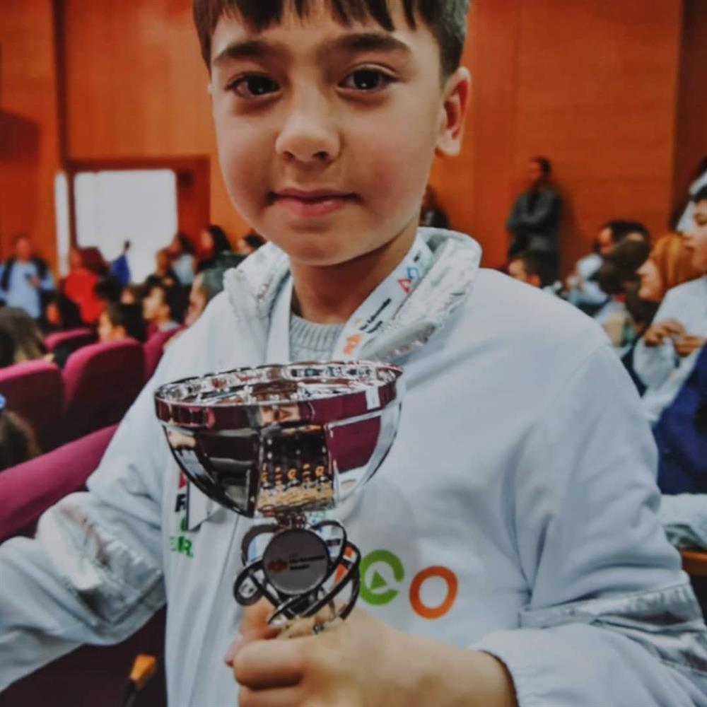Lego Lego Junior Fuarı'nda Picassolar Ödülünü 1/A sınıfından Atakan Akçil almıştır.
