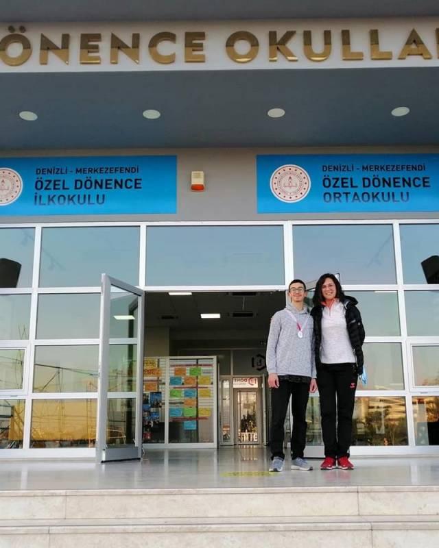 Denizli okullar arası Yıldız Erkekler Kros İl Birinciliği yarışmasında 3000 metre yarışında il 2.si oldu